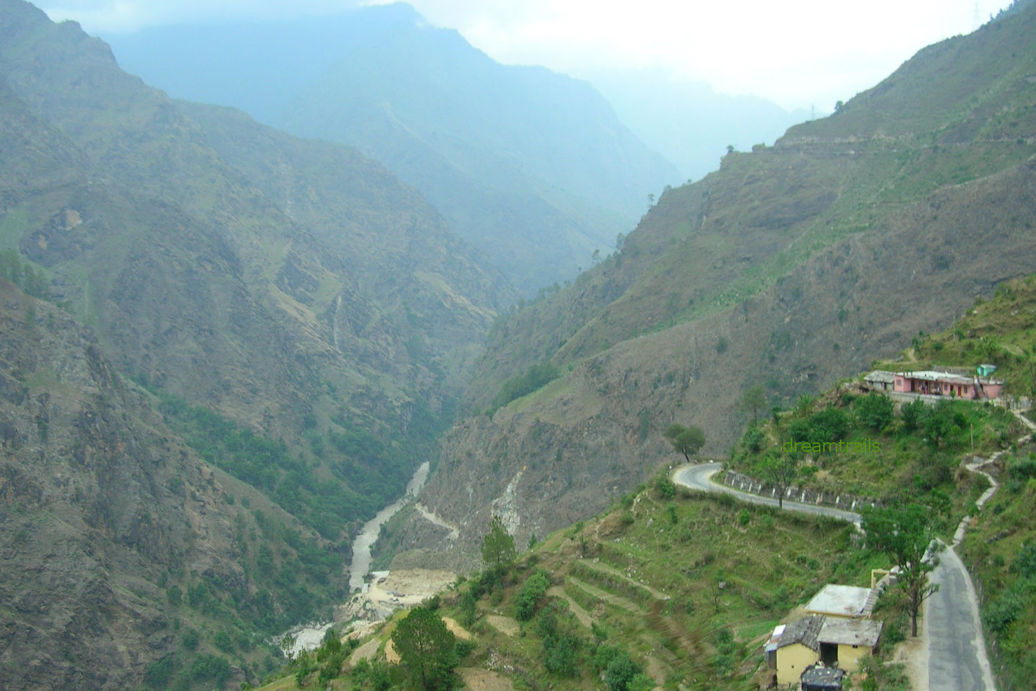 Route to Badrinath