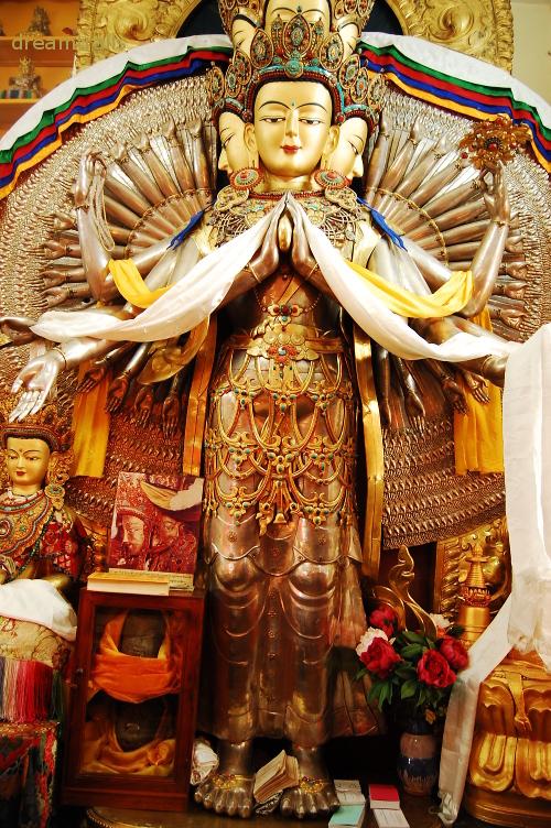 Avalokiteshwara Bodhistatva