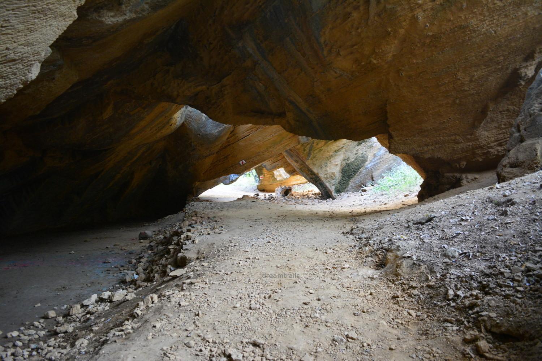 Naida Caves, Diu
