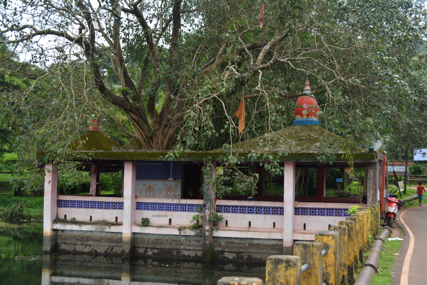 Taleshwar Temple at Mayem Lake
