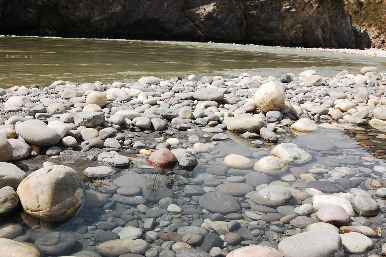 Sulphur water springs, Tatta Pani / Tattapani